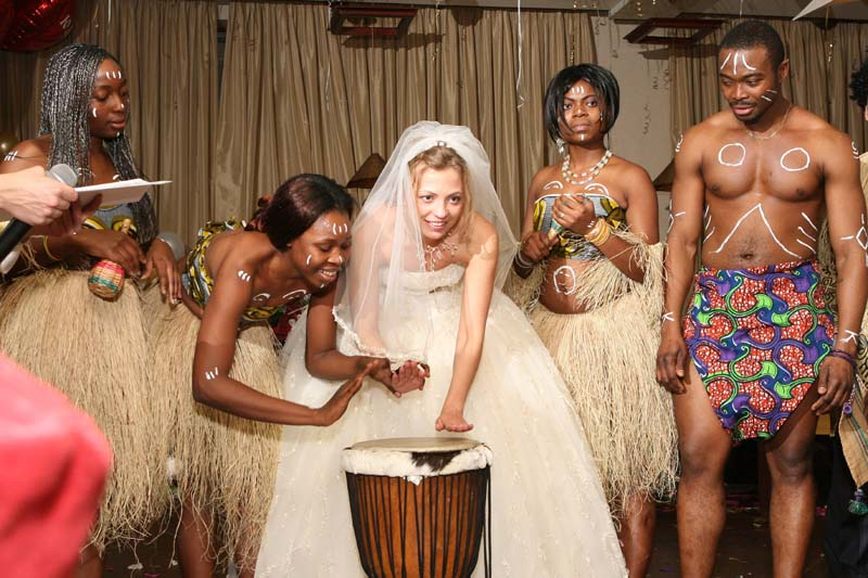 Женские секс гениталии африки кино
