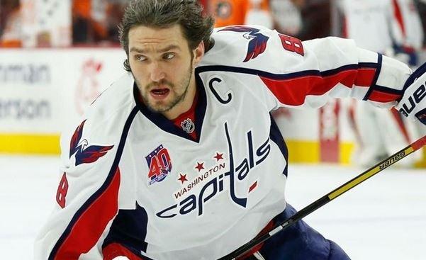 Александр Овечкин набрал 1000 очков в НХЛ.
