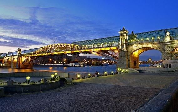 Пушкинский мост Москва
