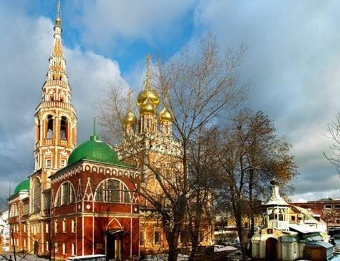 Кадашевский храм Воскресения Христова в Москве.
