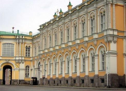 Оружейная палата в Москве.