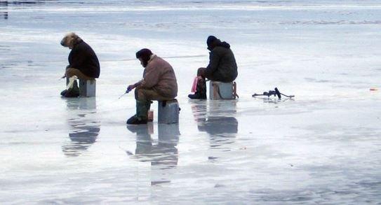 Как рыбачить при течении подо льдом?