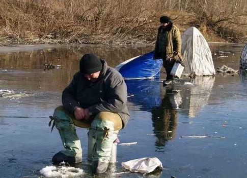 Советы рыбакам на первом льду.