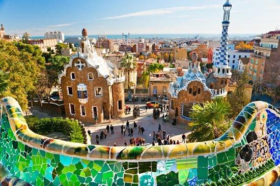 Парк Гауди в Барселоне.