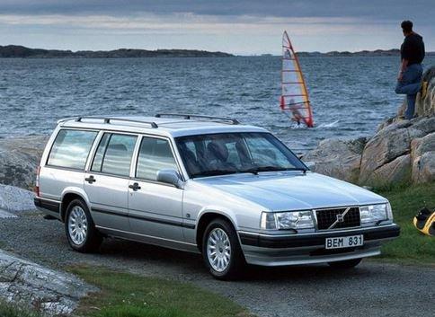 Обзор автомобиля 940-й модели Volvo.