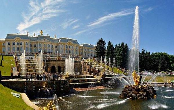 Петергоф Санкт-Петербург
