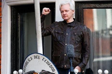 Расследование в отношении Джулиана Ассанжа прекращено.