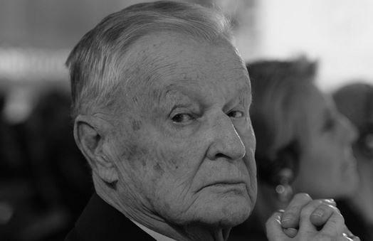 Збигнев Бжезинский, бывший советник президента Картера, умер в пятницу.