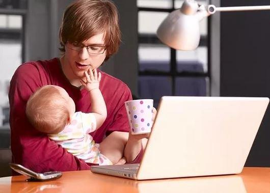 Минтруд предлагает ввести «отцовский отпуск».