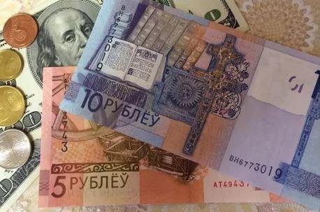 Доллар и евро дорожают на открытии торгов