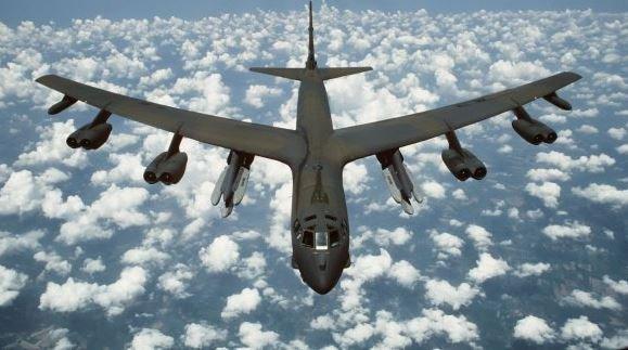бомбардировщики B-52 США