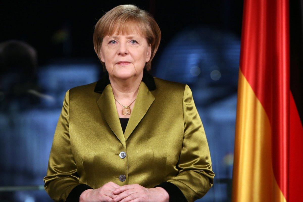 Канцлер Германии Ангела Меркель помещена на карантин