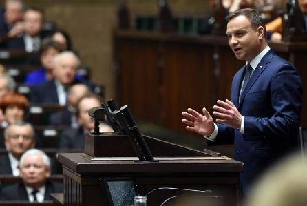 Сенат Польши законопроект Холокост