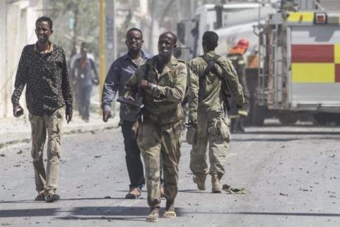 В результате двух взрывов в Сомали погибло 38 человек