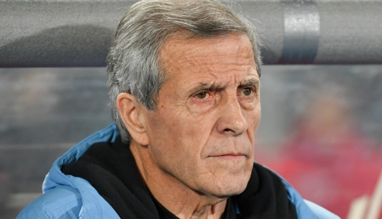 Оскар Табарез тренер Уругвай