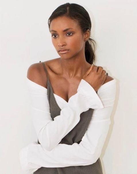 Линдси Скотт - американская модель