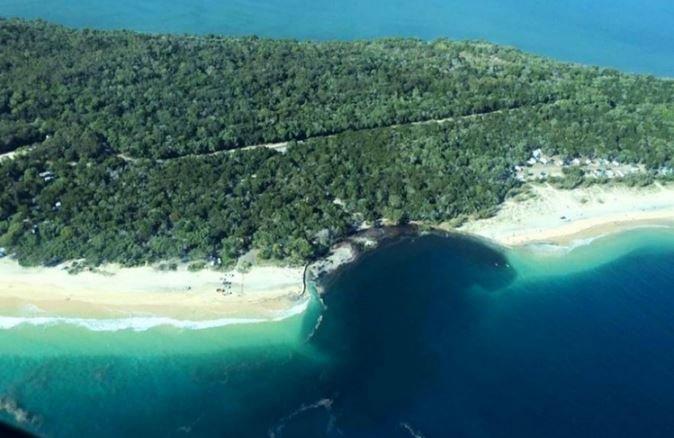 дыра в острове Квинсленд