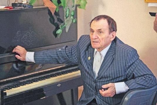 композитор Игорь Лученок