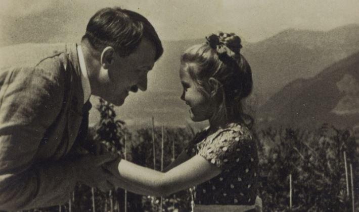Роза Берниль Ниенау и Адоль Гитлер