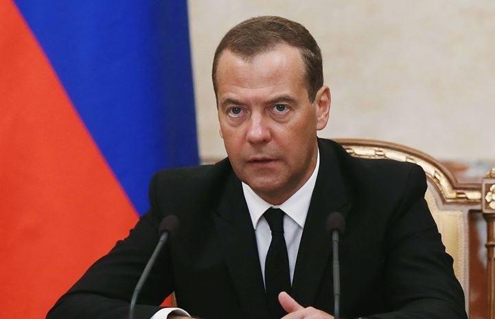 Медведев заявил о некоторых трудностях по союзу с Беларусью