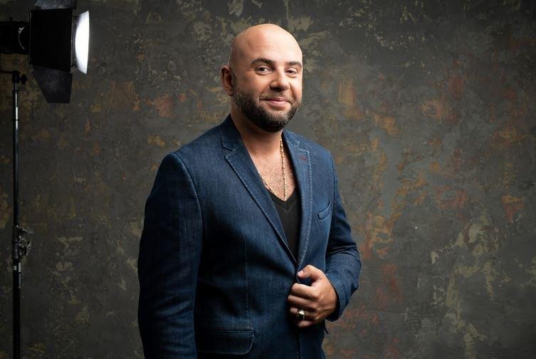 певец Алексей Ром
