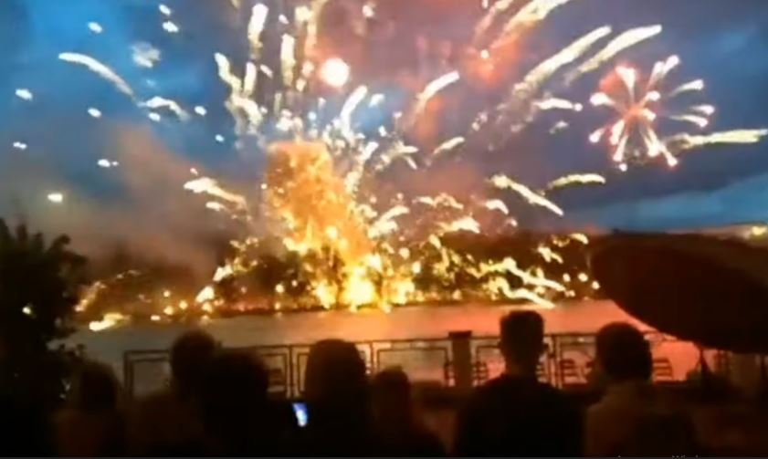 взрыв во время салюта в Минске на День Независимости
