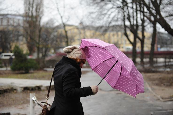 Штормовое предупреждение объявлено на вторник в Беларуси