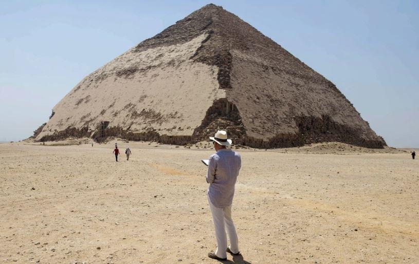 розовая пирамида, ломаная пирамида, египет, снофру, хеопс, открытие, туризм