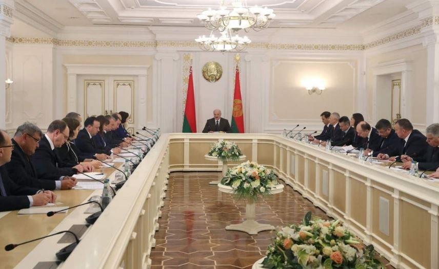 Лукашенко попросил ускорить согласование программ интеграции с Россией