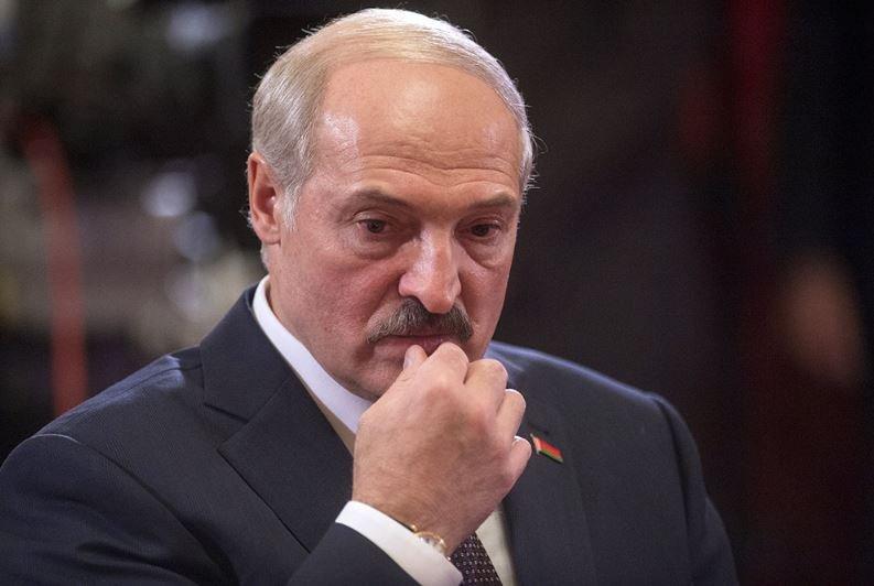 Лукашенко снова раскритиковал ситуацию в школах