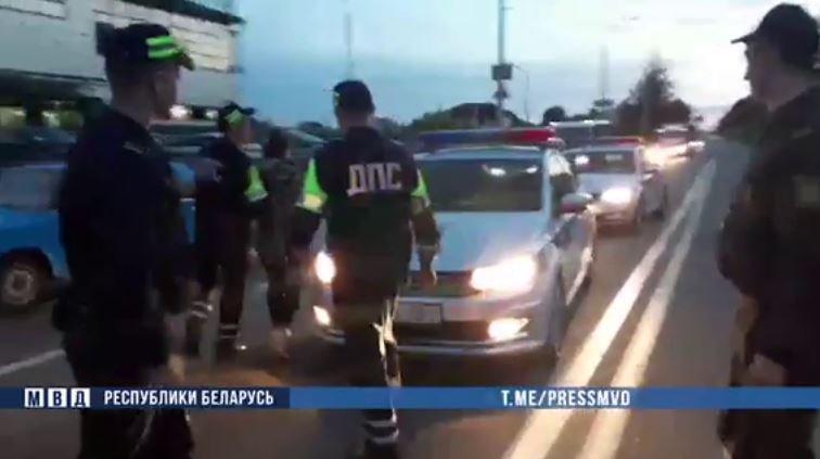 Пьяная женщина на Mercedes-Benz GLE попыталась скрыться от ГАИ