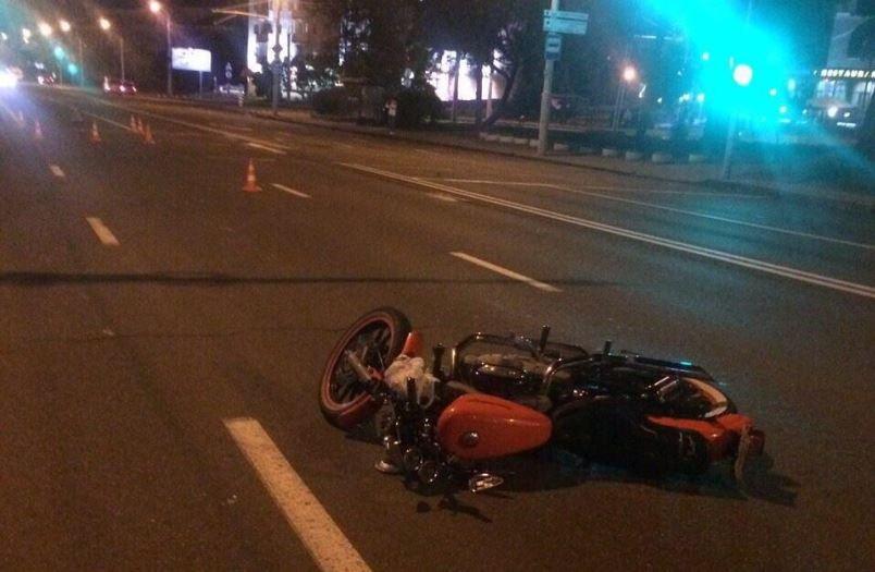дтп, авария, пешеход, мотоцикл, Harley-Davidson, немига, мвд, наезд, пассажир