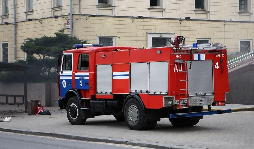 В Копыльском районе водитель врезалась в машину МЧС и погибла