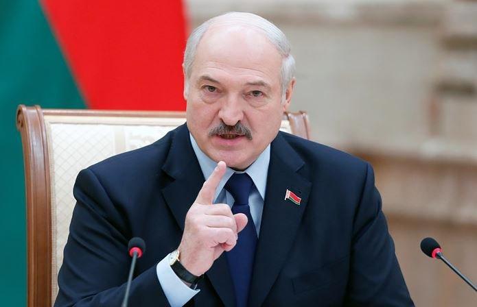 Лукашенко пообещал не допустить Майдана в Беларуси