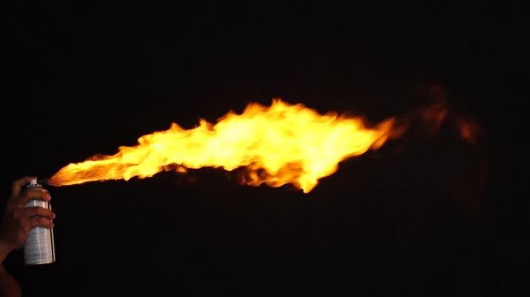 баллончик, аэрозоль, газ, огонь, зажигалка, подросток, ребенок, минск, больница, милиция