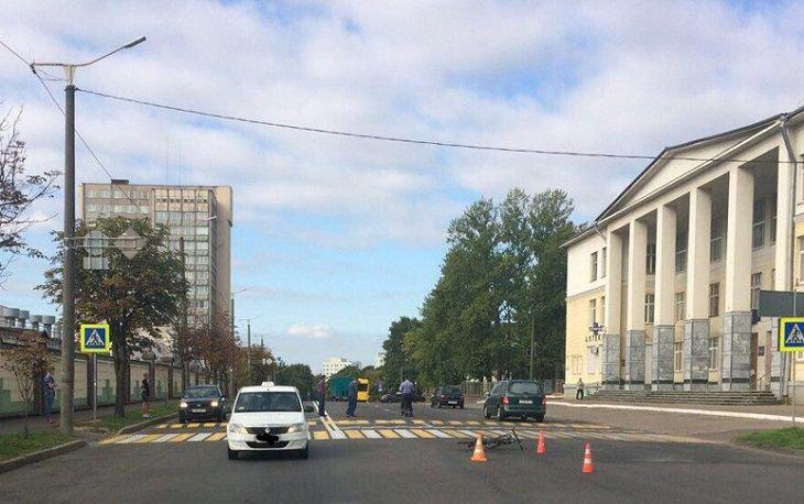 Таксист сбил велосипедиста в Минске