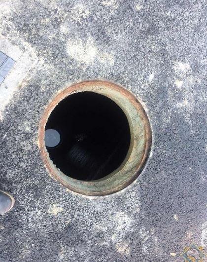 Двое мужчин отравились канализационными газами в Щучине