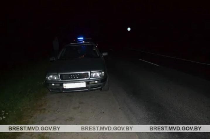 В Брестском районе автомобиль сбил 14-летнюю девочку