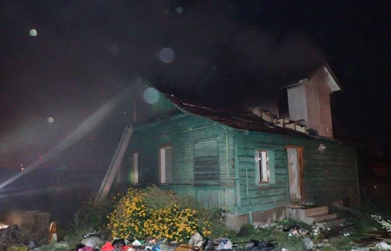 В Гомеле на пожаре двух домовладений погиб мужчина