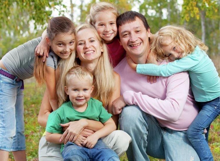 Матерям будут начислять пенсионный стаж за четвертого ребенка