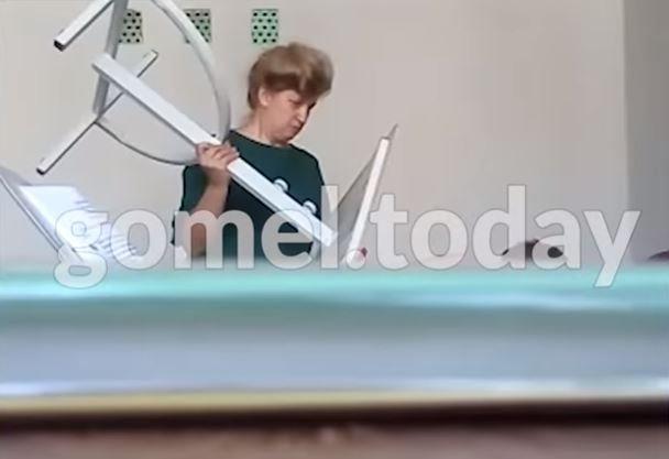 Лукашенко поручил восстановить на работе гомельскую учительницу