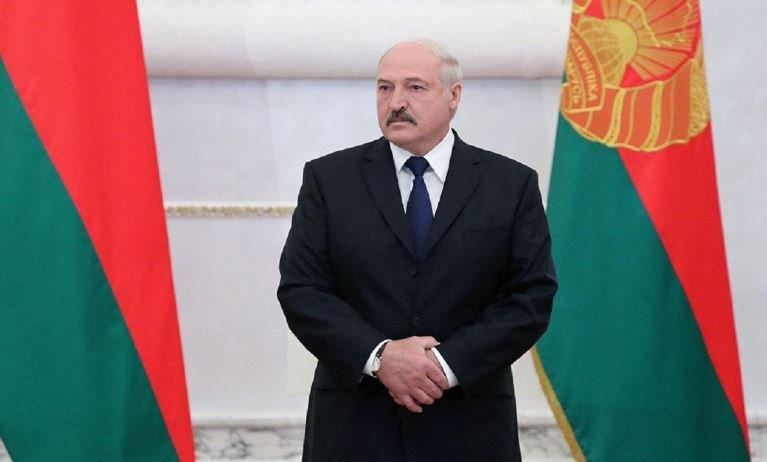 Лукашенко призвал лидеров СНГ поддержать Зеленского