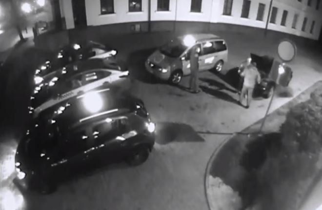 В Гродно мужчина избил и похитил посетителя ночного клуба