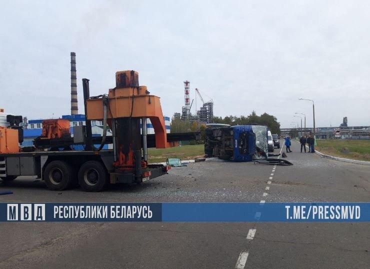 В ДТП на территории Мозырского НПЗ погиб один человек