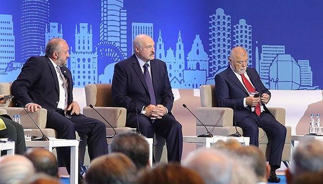 Лукашенко назвал ситуацию в Донбассе конфликтом Украины и России
