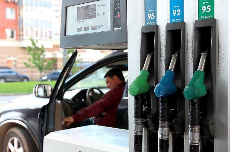 В Беларуси с 8 декабря подорожает топливо