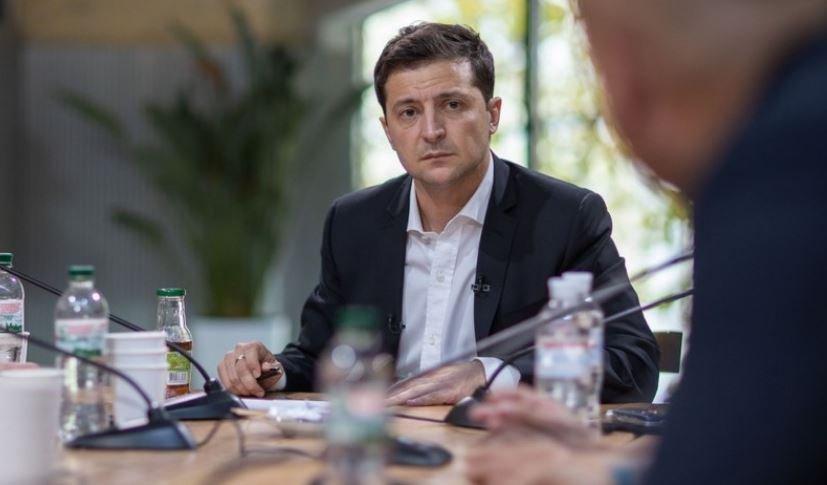 Зеленский допустил возможность дефолта на Украине