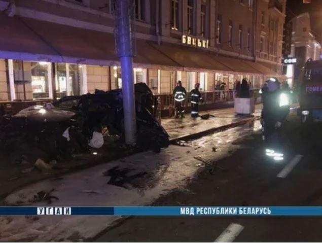В Гомеле BMW вылетел на тротуар и сбил трех женщин