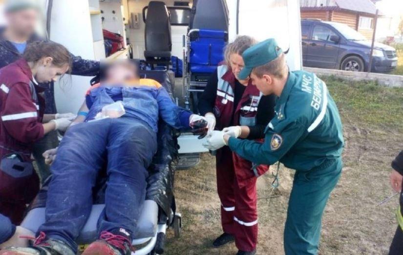 Рука 17-летнего парня попала в бетономешалку в Минском районе