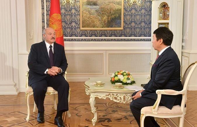 Лукашенко дал интервью главному информагентству Казахстана